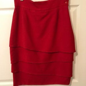 Red layered skirt in 100% wool